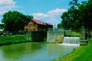 photo of teh mill in Metamora