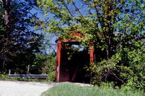 photo of a red covered bridge