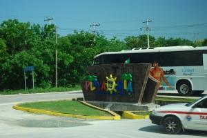 photo  of the sign at Playa Mia