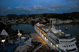 photo of cruise ship in Antigua